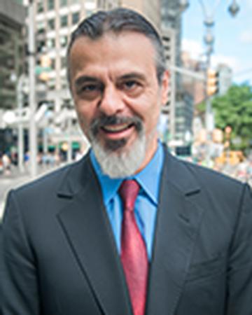 Bond New York real estate agent Srdjan Stojanovic
