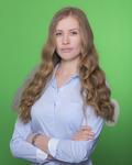 Bond New York real estate agent Ekaterina Hinkley