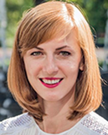 View Bond New York real estate agent Karolina Kozminska's profile and featured properties