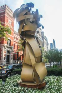 Upper East Side Apts - Sculpture on Park ave
