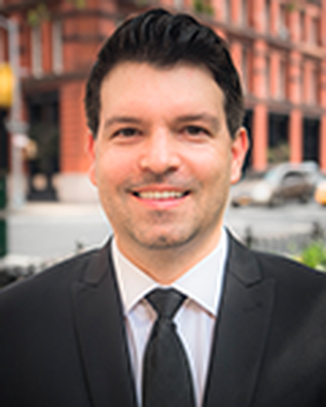 View Bond New York real estate agent Pawel Ciecwierz's profile and featured properties