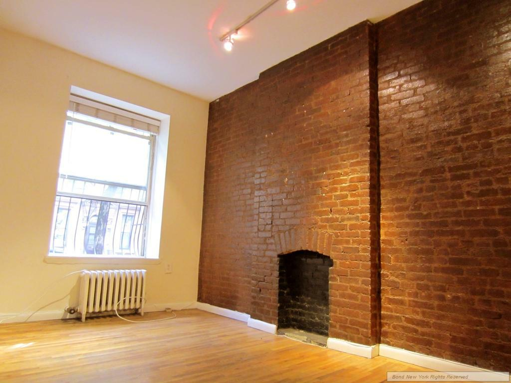 3 Bedroom Midtown West Apartment for rent