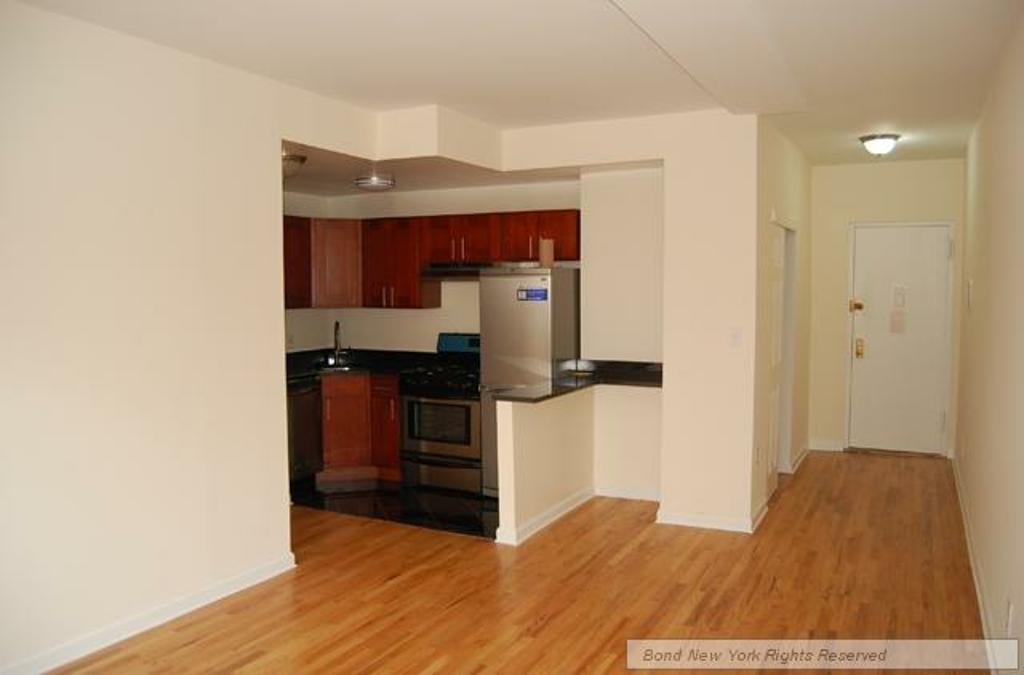 Upper West Side (#676914) - Photo 3