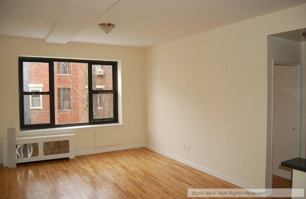 Upper West Side (#676914) - Photo 2