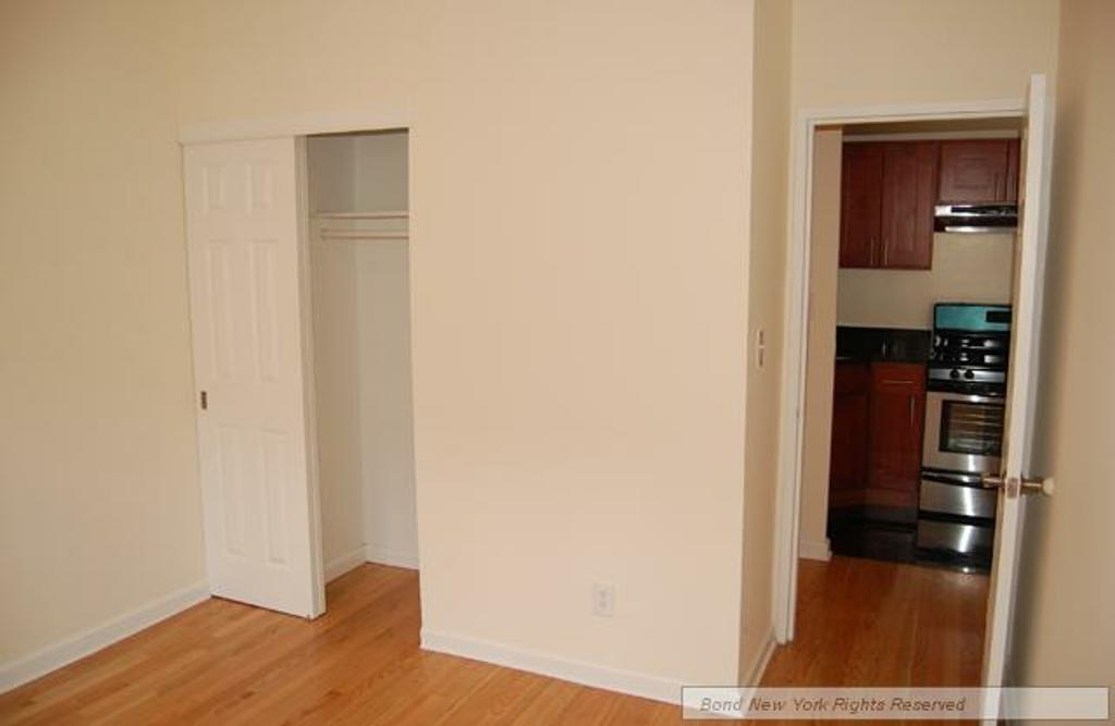 Upper West Side (#676914) - Photo 4