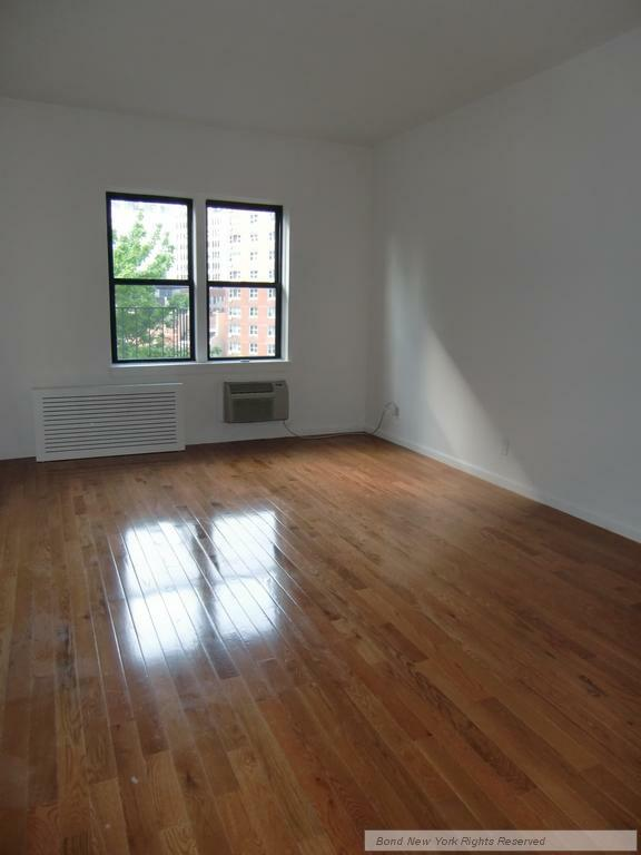 1 Bedroom SoHo Apartment for rent