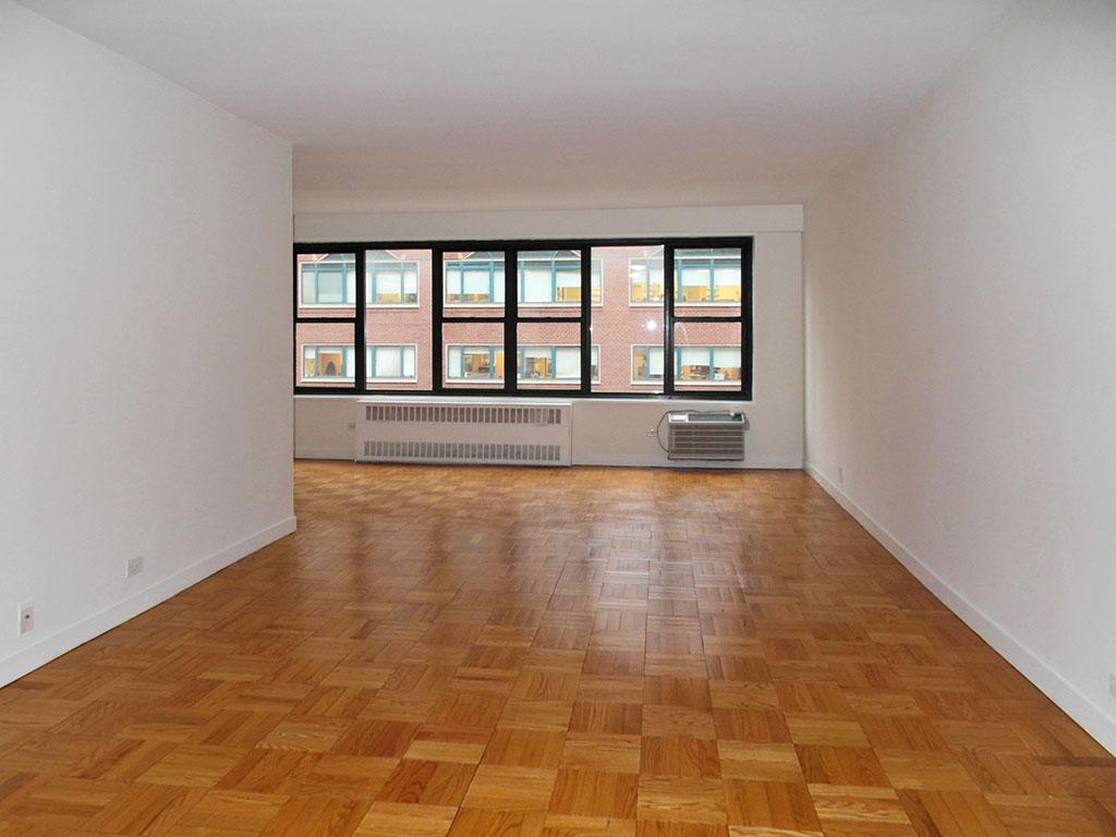 Studio Union Square Apartment for rent