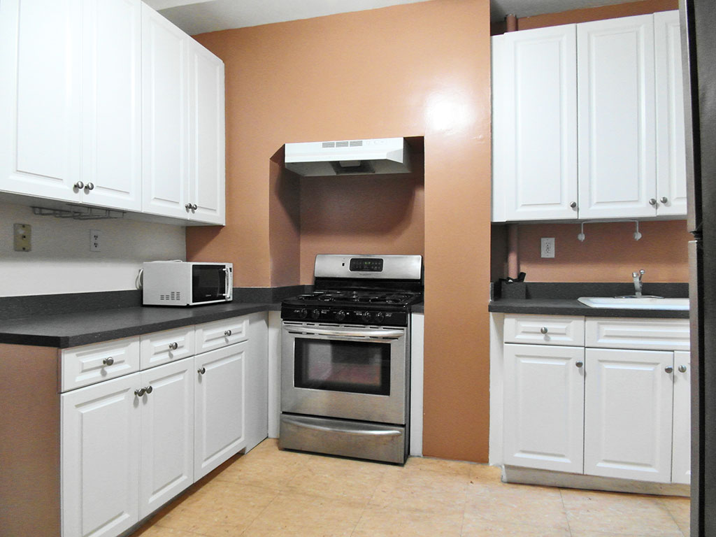 4 Bedroom Midtown West Apartment for rent