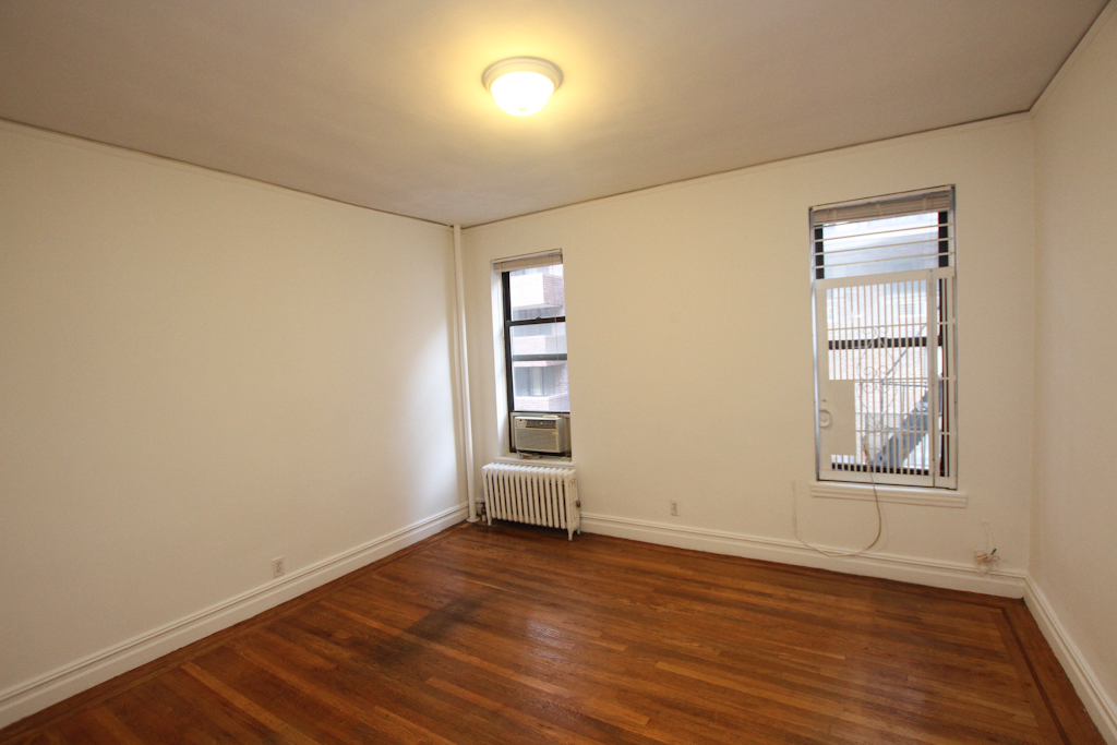 Upper East Side (#440471) - Photo 1