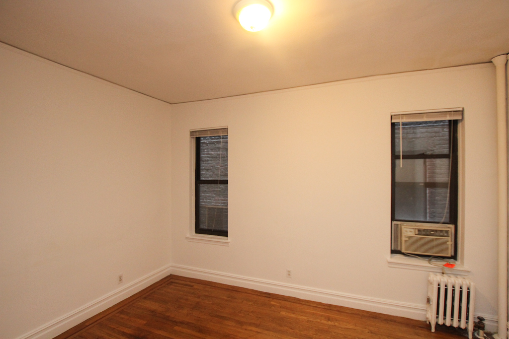 Upper East Side (#440471) - Photo 2