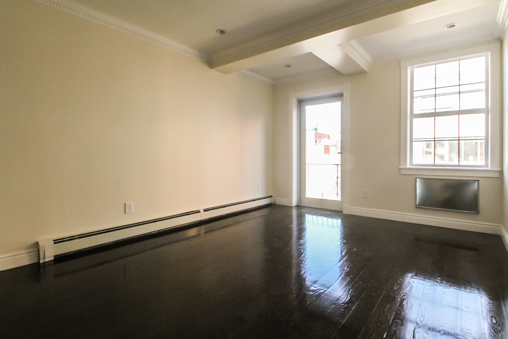 4 Bedroom Chelsea Apartment for rent